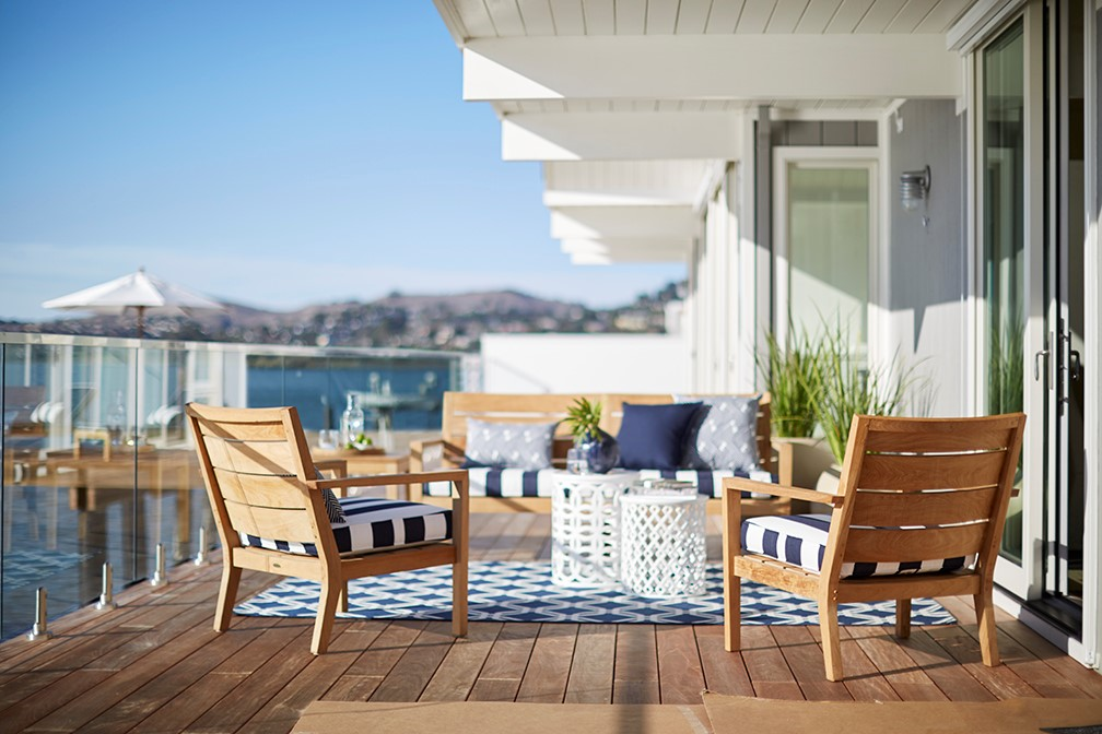 Decorating A Patio For Travelers